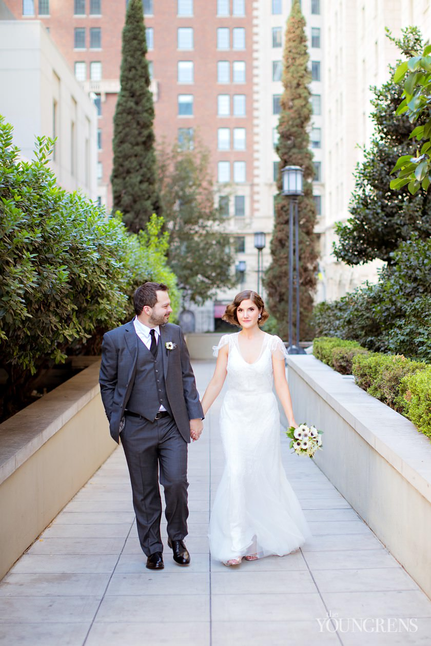 wedding photography, cafe pinot wedding, downtown los angeles wedding, urban wedding, los angeles central library wedding, library wedding photography, Maguire gardens ceremony, Maguire gardens wedding, book themed wedding, gatsby wedding dress, 1920s wedding dress, 1920s updo, gatsby wedding fashion, sweet, love, marriage
