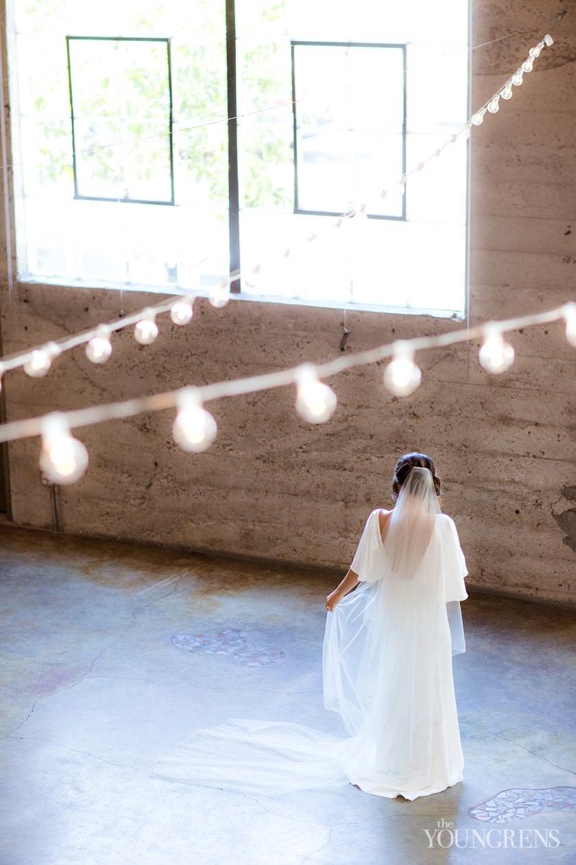 industrial glamour wedding inspiration, luce loft wedding, exquisite weddings magazine gown feature, san diego wedding inspiration, san diego luxury wedding, oscar de la renta wedding gown