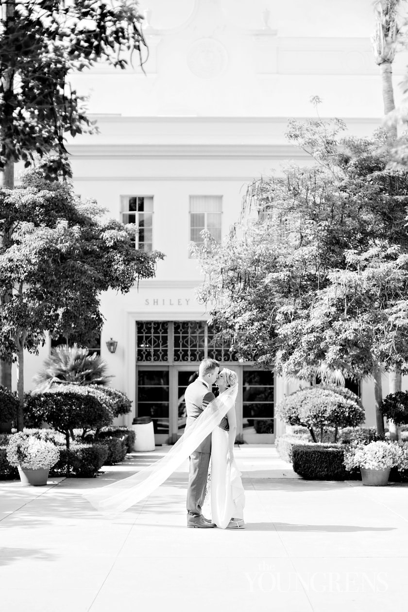how to shoot wedding photos in harsh sunlight, how to shoot a wedding, shooting bridal portraits, shooting in direct sun, shooting in bright sunlight, weddings at high noon