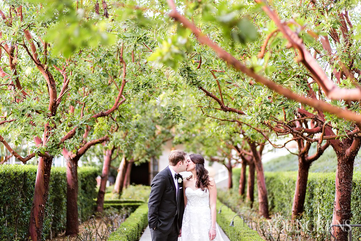 rancho bernardo inn wedding, wedding at rancho bernardo inn, wedding at rbi, black tie wedding in san diego, elegant san diego wedding, victoria schroeder wedding, victoria weddings, parker and posies florals, jason taylor wedding, classic san diego wedding